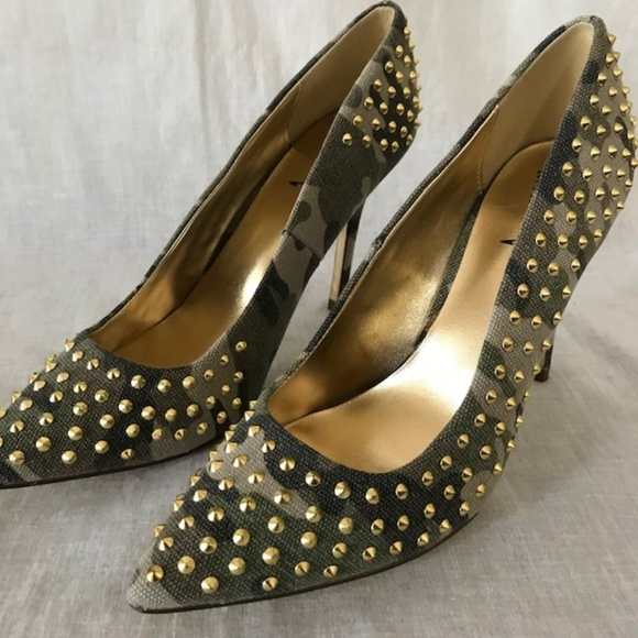 17dc0a88037 Luichiny Shoes - Camo Heels With Gold Studs Size 7 1 2